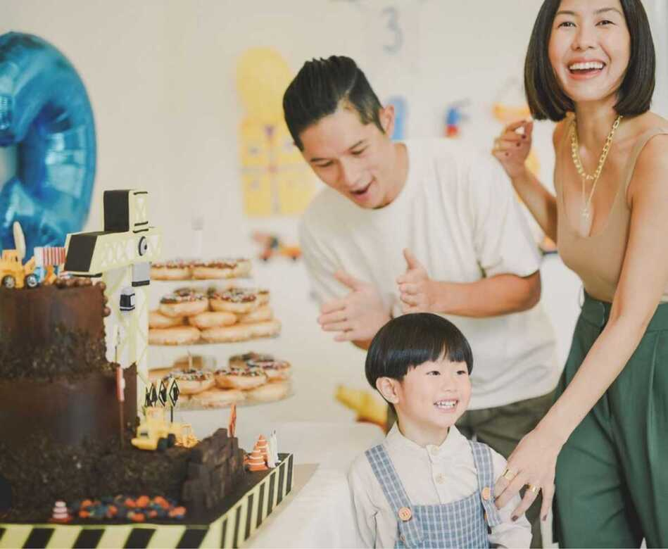 Liz Uy with fiance Raymond Racaza and son Xavi