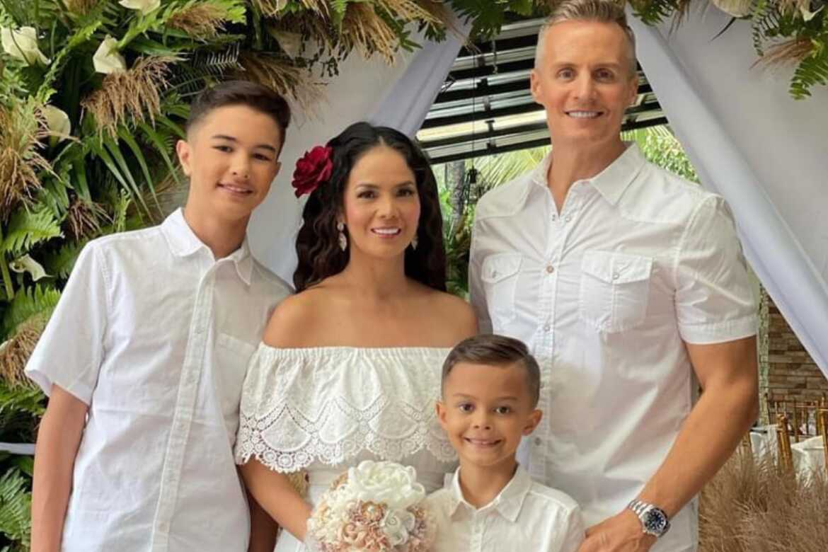 Patricia Javier and Doc Rob Walcher with sons Robert and Ryan
