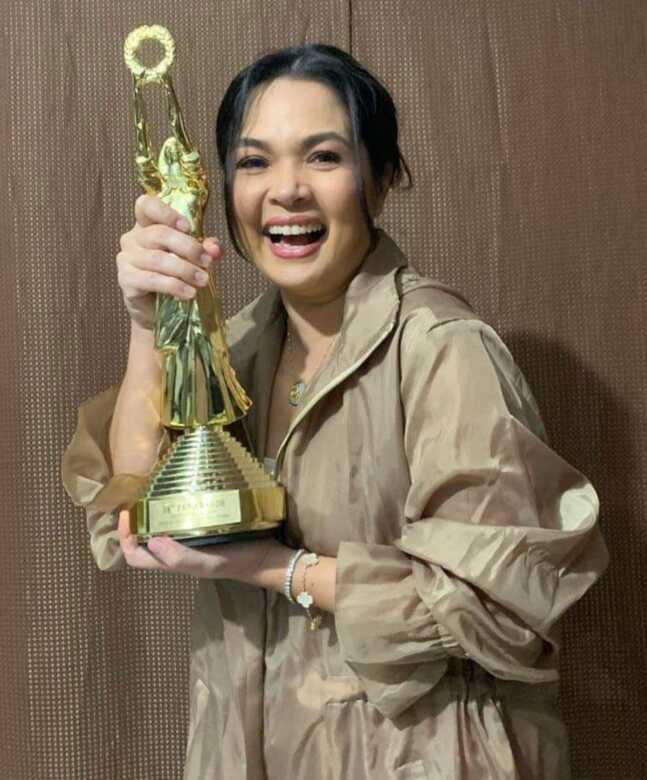 "Judy Ann ""Juday"" Santos"